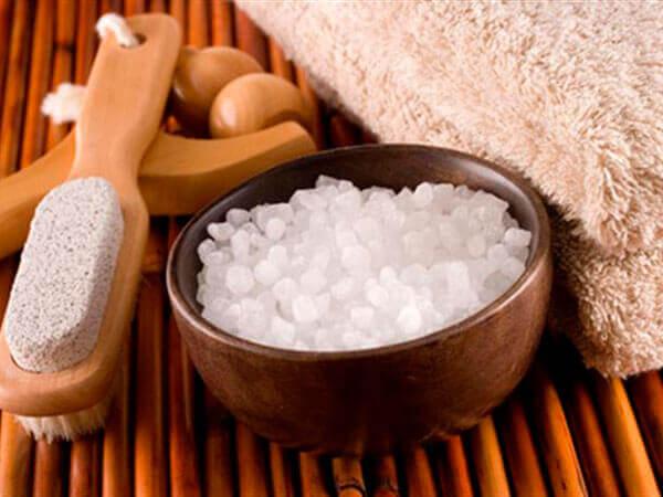 Ванна с солью как практика заземления энергии