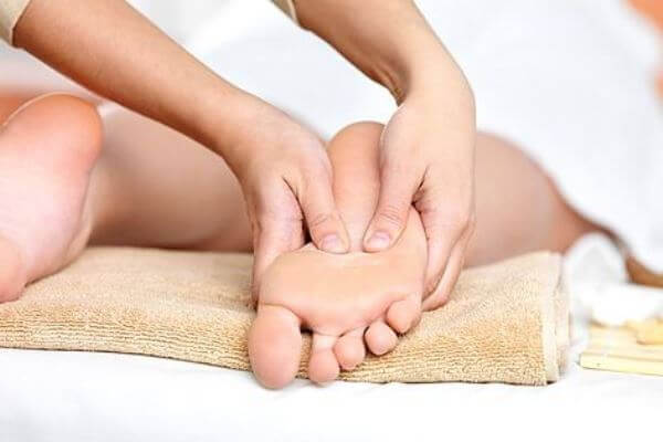 болезни ступней: Нездоровый цвет кожи ступней