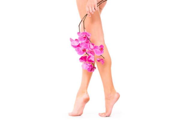 болезни ступней: Сухие мозоли и огрубевшая кожа