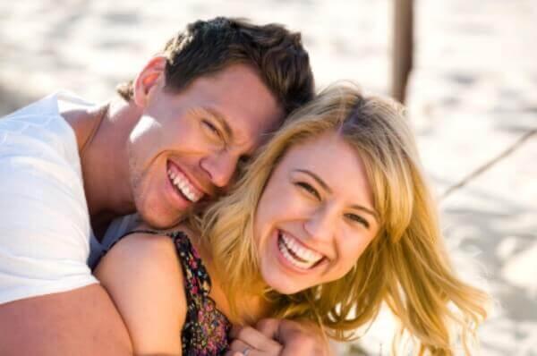 Смех и улыбки позволяют поднять человеческие вибрации
