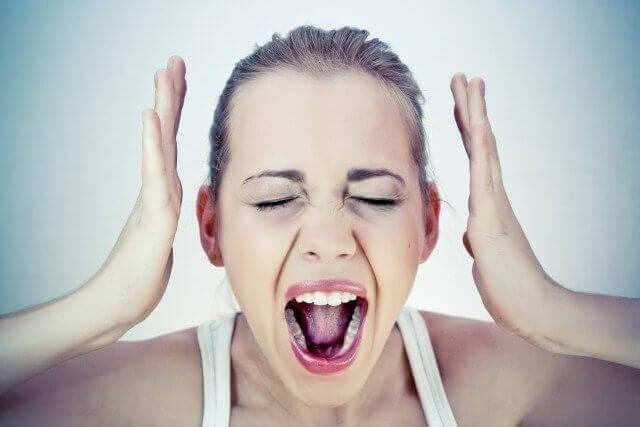 как управлять эмоциями: Не принимайте на личный счет