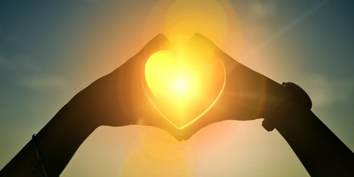 Кому и когда можно помогать. Мотивы и принципы помощи другим людям с точки зрения духовности