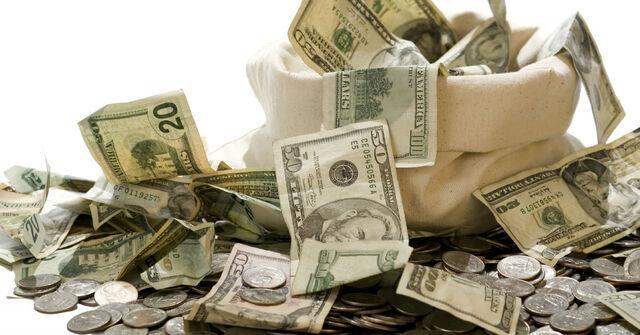 Как проработать ограничивающие убеждения про деньги. Три простые техники