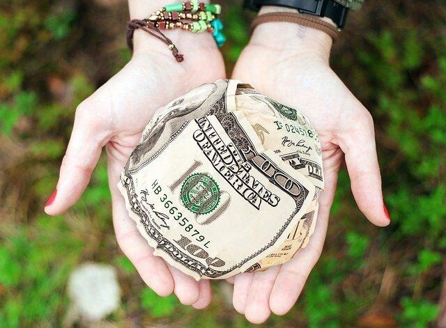 Как отпустить бедность и что означает это понятие с духовной точки зрения