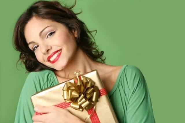 Как дарить подарки: Определите, чего вы хотите для себя и позаботьтесь об этом