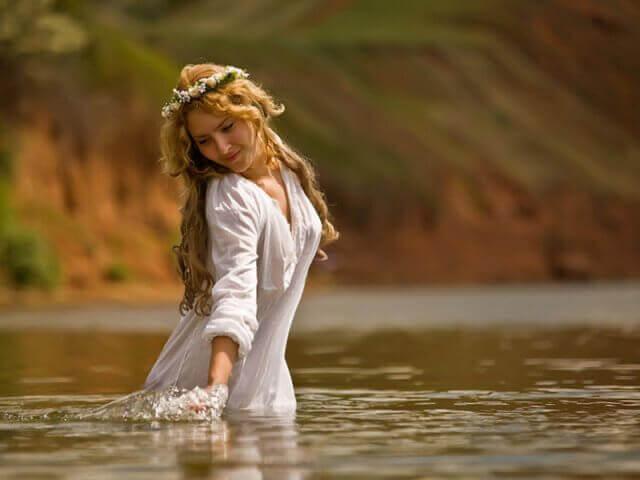 Пробуждение женской силы. Обретите свою подлинную женственность и внутреннюю силу