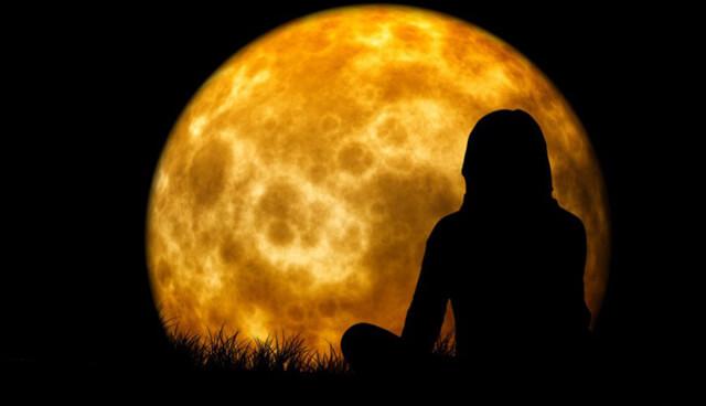 Лунное затмение очищает человека