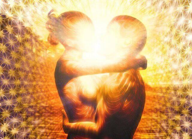 Как происходит слияние партнеров по чакрам