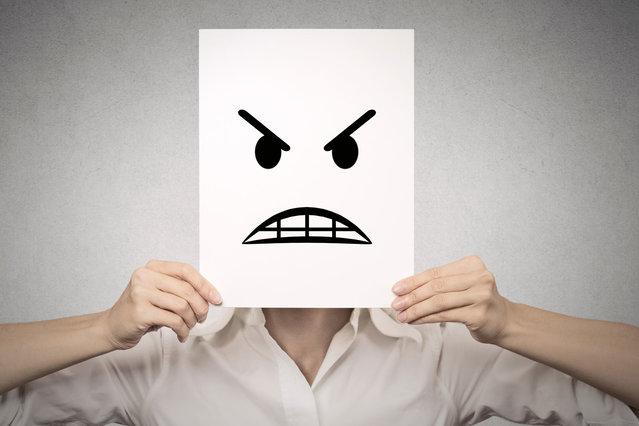 Как справляться с эмоциями. Разотождествление себя с привычными шаблонами