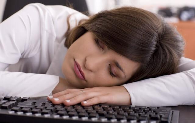 коды света: Сонливость «не по графику»