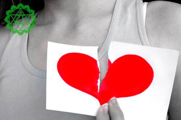 Чем для вас опасно закрытое сердце: Люди с дефицитом в сердечной чакре находят такому положению дел обоснования.